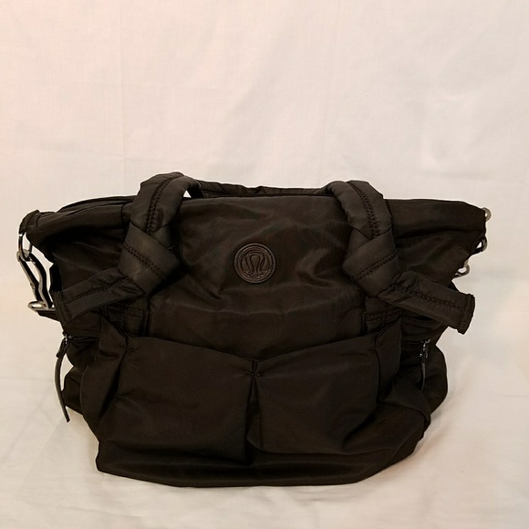 78a082b5 lululemon athletica Handbags - Lululemon Black Triumph Gym Tote Travel Bag.
